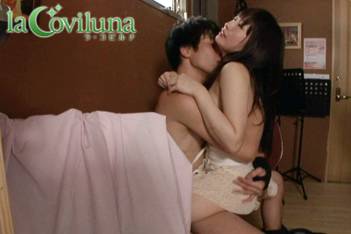 LOVE-002_yui_03